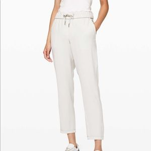 Lululemon On The Fly *Woven Relaxed Pant